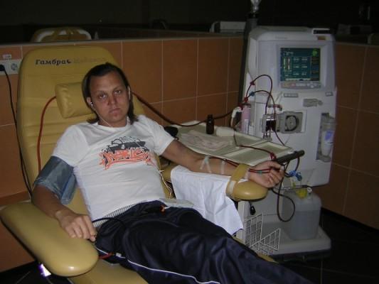Денис Белый на диализе