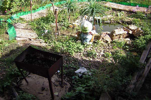 Мангал для приготовления шашлыка