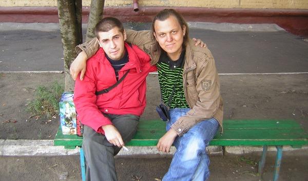 Два знакомы на скамейке