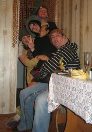 Три сокурсника в общежитии